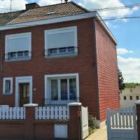 Maison semi-individuelle avec garage