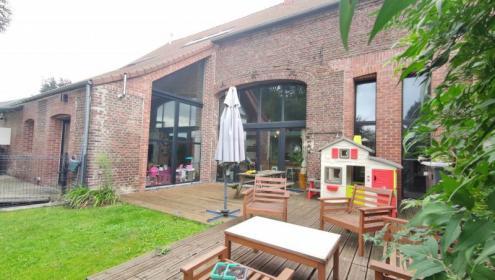 Oisy : maison avec terrasse 6 pièces à acheter