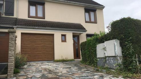 Très belle maison semi-individuelle avec garage