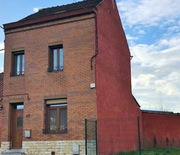 Maison semi-individuelle de 120m.